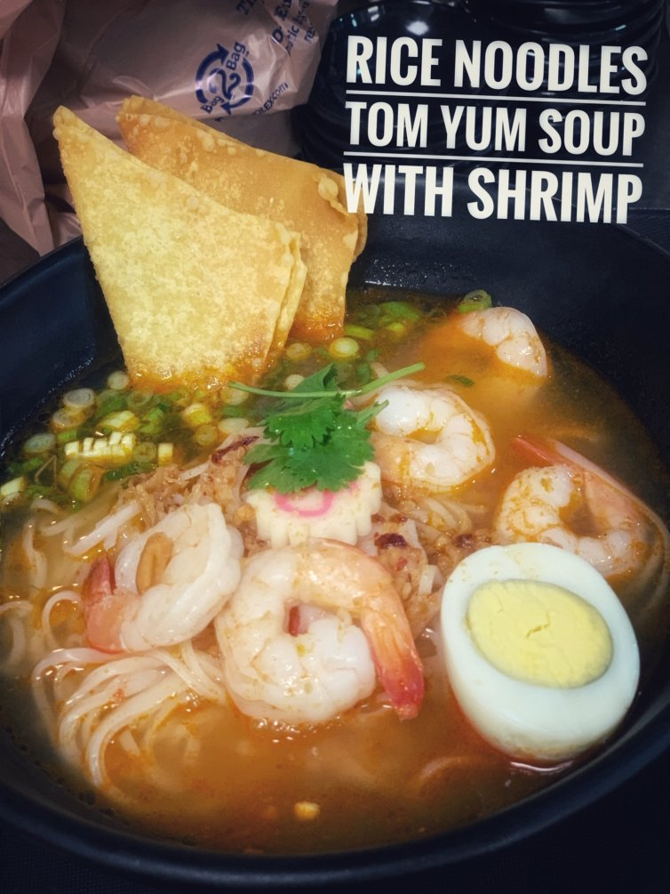Rice Noodles Tom Yum with Shrimps